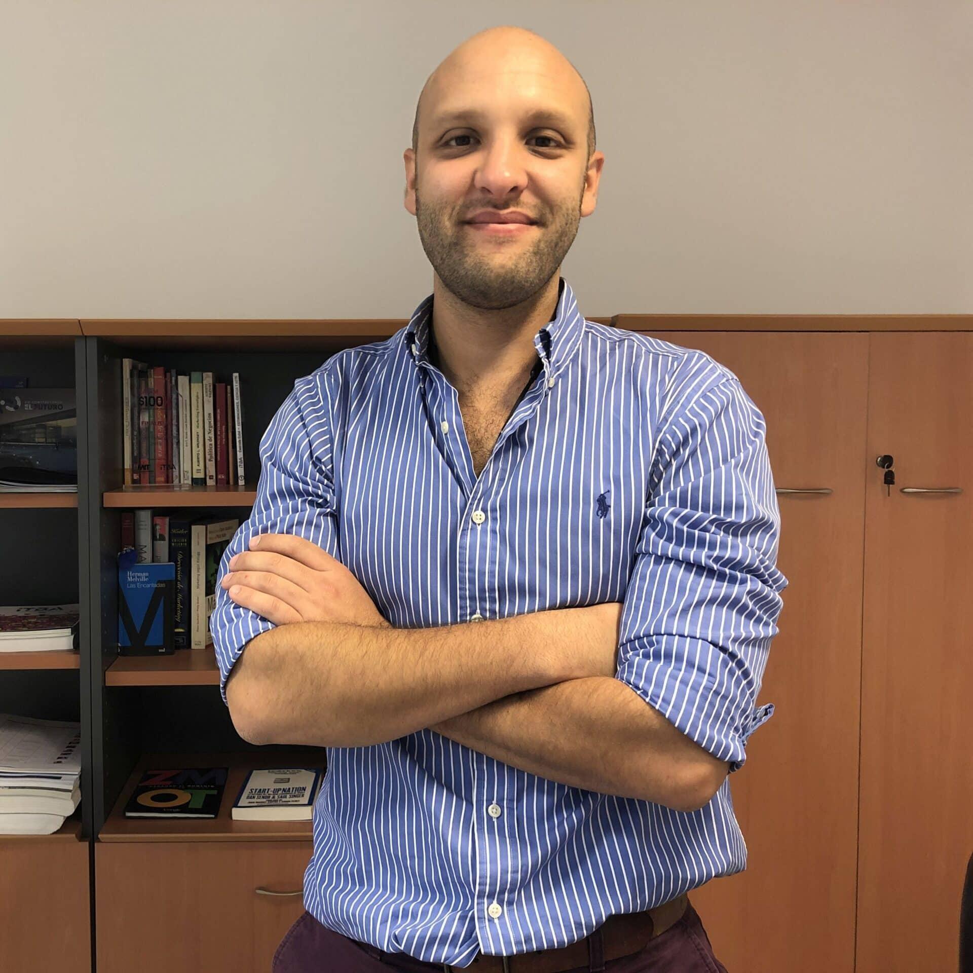Grado Ingeniería Naval Ing. Álvaro Bugari DIRECTOR